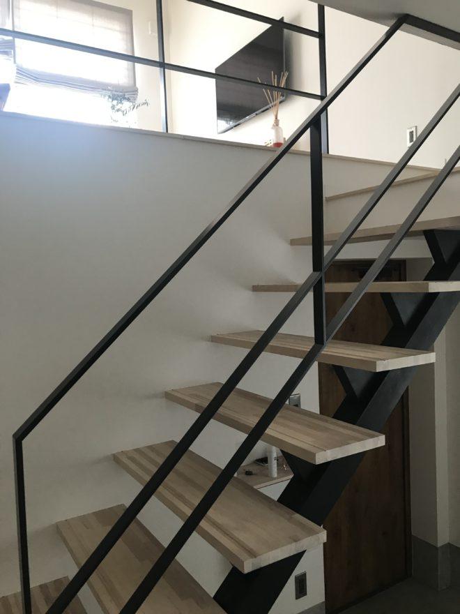 カンナデザイン設計事務所階段